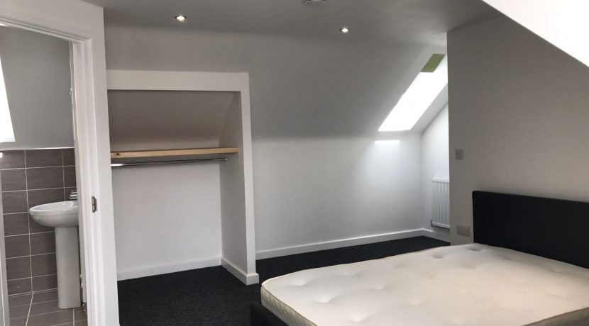University Accommodation Lincoln - Double Bed