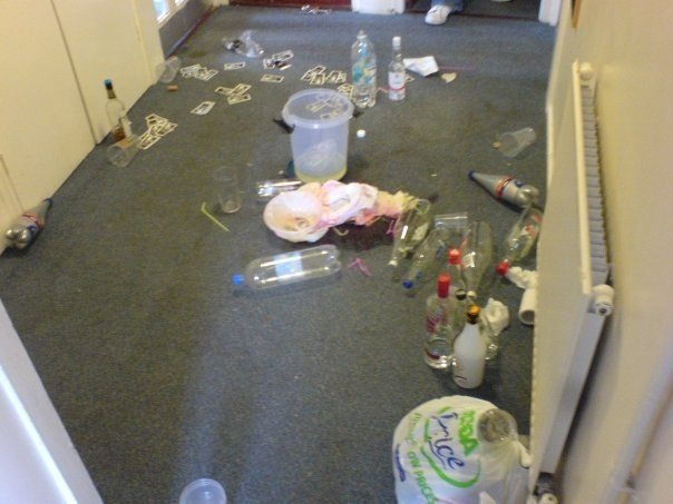 Pre Drinks Mess - University of Lincoln
