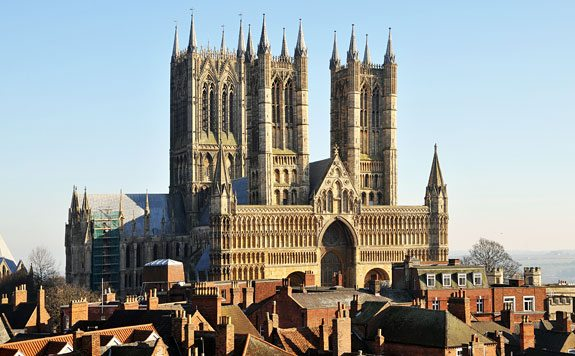 Things to do in lincoln - Cathedral-main-lincoln