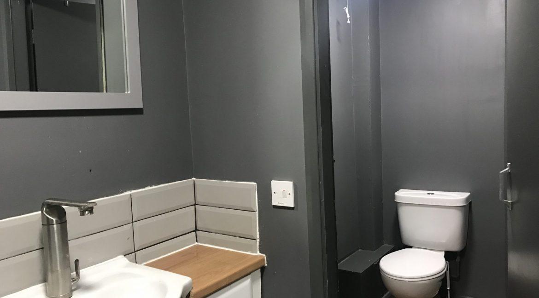 A1-Bathroom-scaled-1