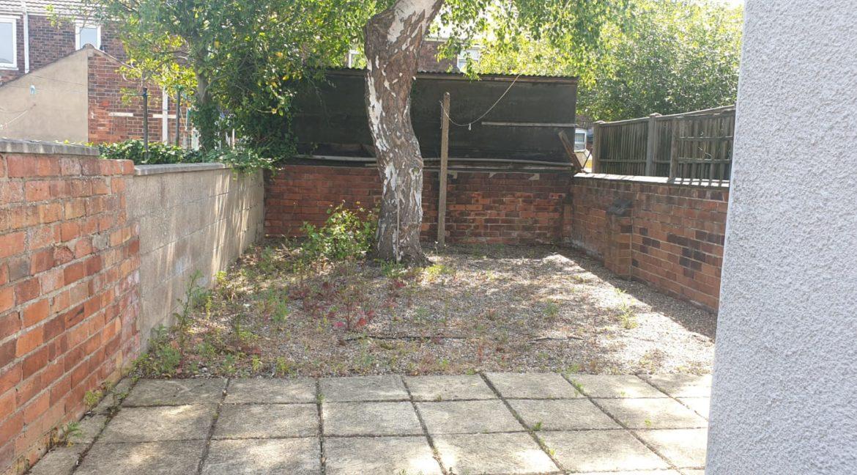 23 Severn Street garden