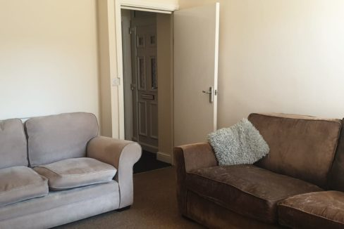 23 Severn Street lounge 2