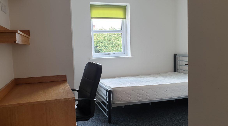 Bed 3.Flat 7jpg